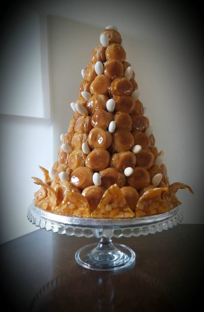 Gourmandises croquembouche 60th birthday