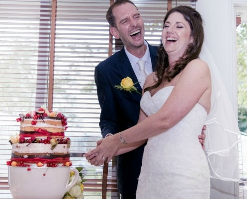 Thinking about making your own wedding cake: here's why maybe not?