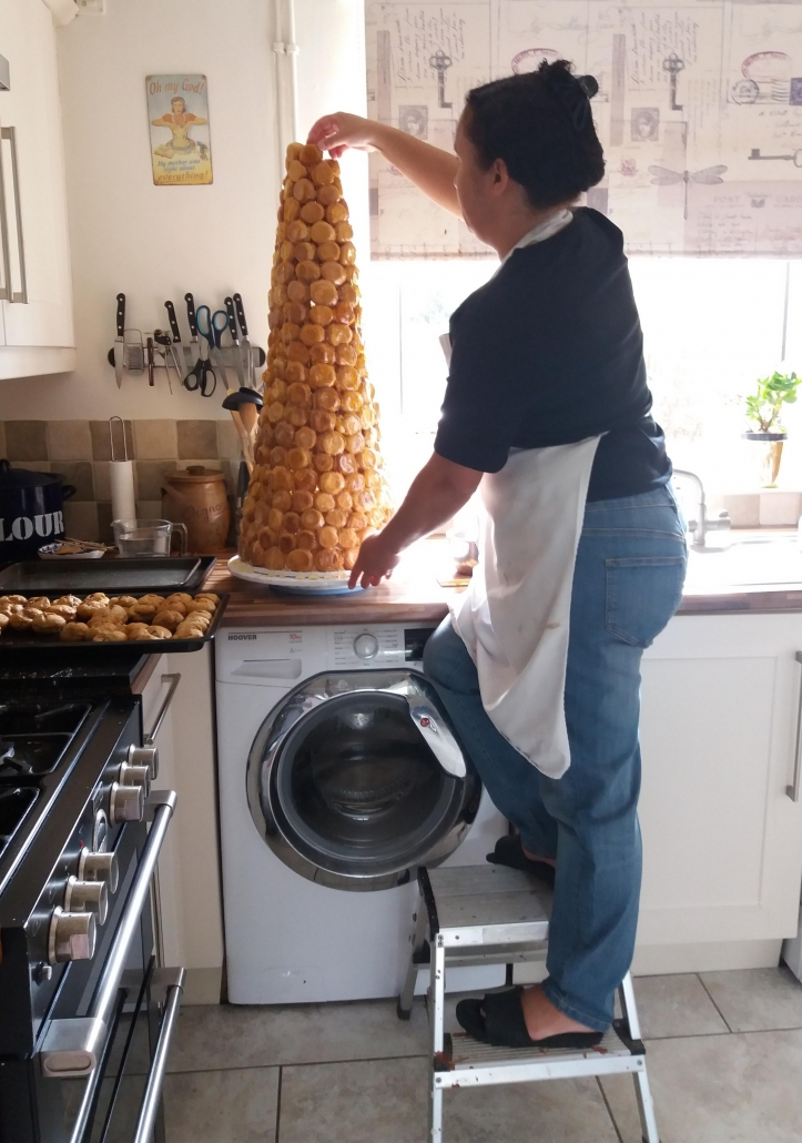 what does it take to make a croquembouche